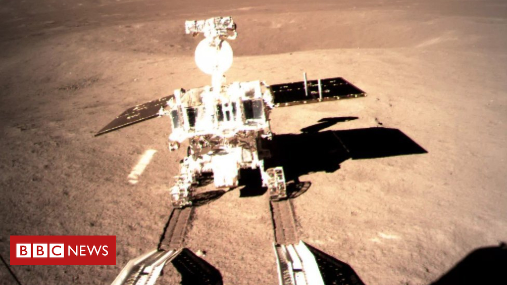 105064532 mediaitem105064528 - Chang'e-4: Chinese rover now exploring Moon