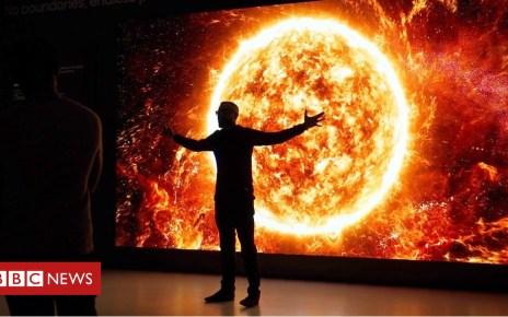 105086593 p06xdjhg - CES 2019: Samsung's new shape-shifting TVs revealed