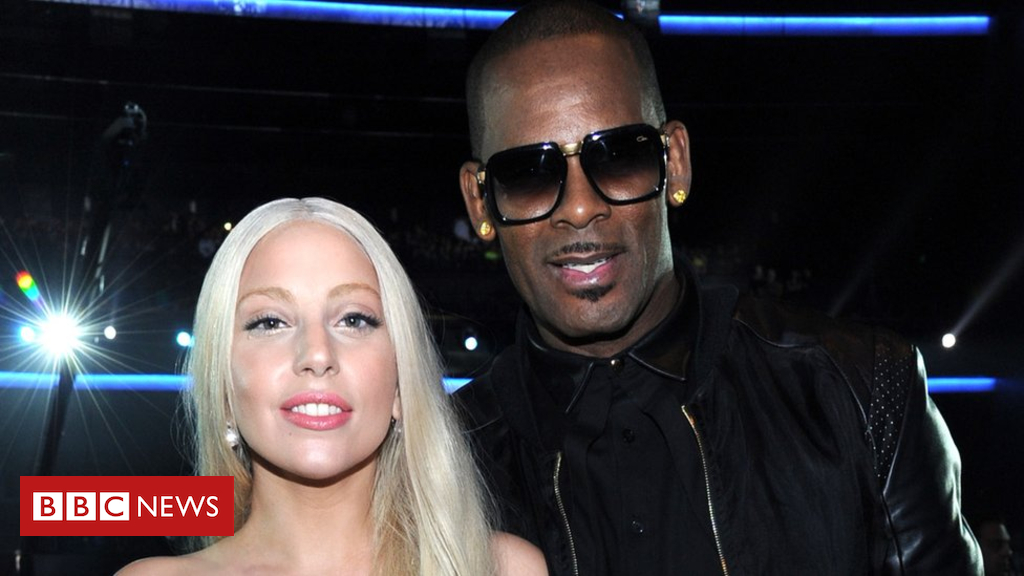 105143589 gettyimages 451804419 - Lady Gaga's R Kelly duet removed from streaming services