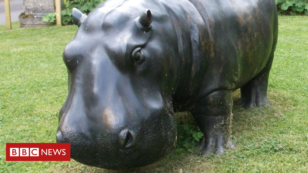 105153528 bronzehippo - Hippo sculpture stolen from Chilstone ornament makers