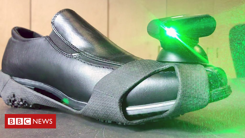 105205980 p06y86ml - Laser shoes made for Parkinson's patients