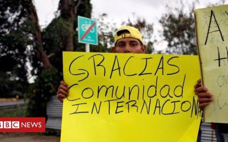 105617228 p070ncs2 - Venezuela crisis: US aid trucks 'a charade'