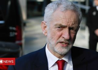 105738085 corbo - Labour anti-Semitism claims: Jewish group backs Corbyn