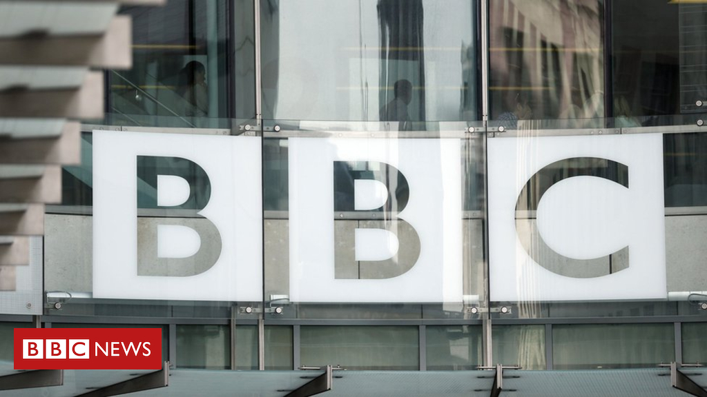 89672195 89672191 - BBC Licence fee set to rise by £4 in April