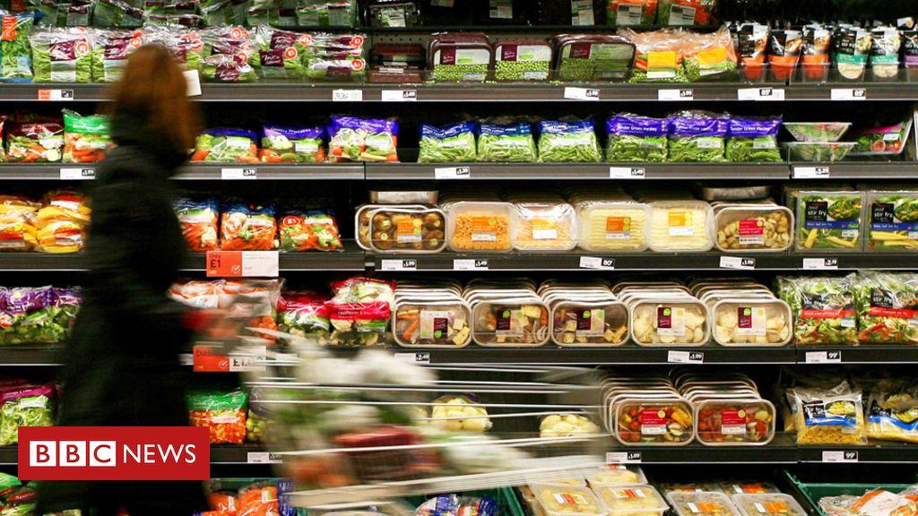 105717088 sainsbury shopper alamy - Sainsbury's-Asda merger blocked by regulator