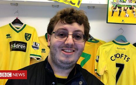 105912992 p072qnnn - Norwich City fan raises charity cash with incredible team knowledge