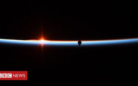 105928533 4 - SpaceX Dragon demo capsule set to return to Earth