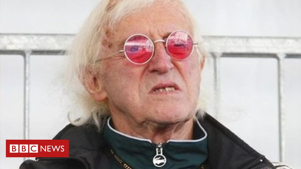 106029250 tv022910048 - Savile: Knighthood committee 'told about abuse in 1998'