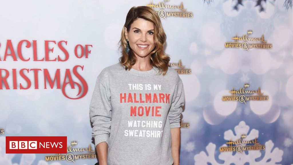 106034103 mediaitem106034102 - College cheating scam: Hallmark drops accused actress Lori Loughlin