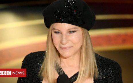 106151079 mediaitem106149335 - Michael Jackson: Barbra Streisand criticised for abuse comments
