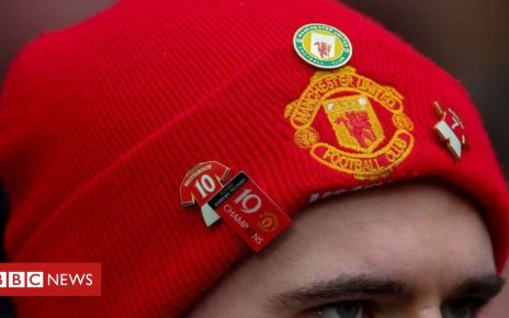 106165830 hat.manu.g - Nike fined by EU for restrictions on football merchandise sales