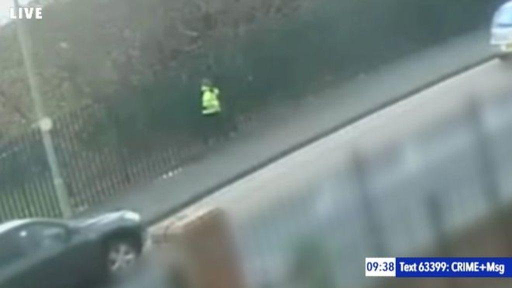 p07460bj - Jim Donegan: Paramilitaries blamed for school gate murder