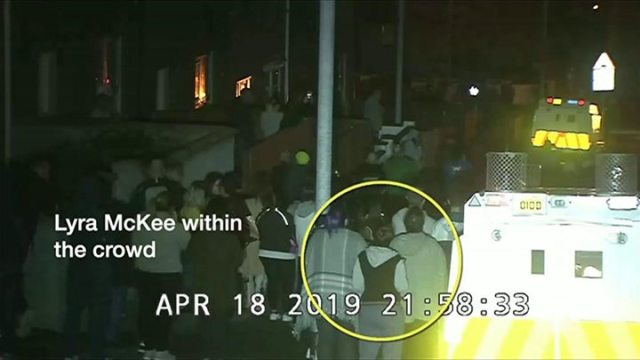 1555727356 242 Lyra McKee Police release footage of suspected gunman - Lyra McKee: Police release footage of suspected gunman