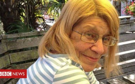 106260353 eileen mcadie family - Kent pharmacy 'issued wrong drug' to woman with shingles