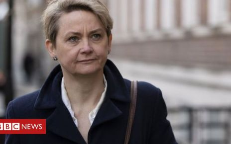 106269903 98851d42 89b5 4470 9b1f f88fd6eb2789 - Brexit: MPs push to prevent no-deal in law