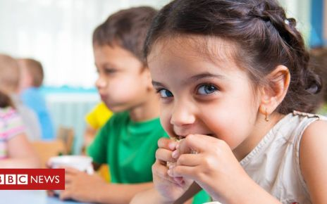 106282727 gettyimages 178586482 - Parents being misled over kids' snacks, says child health expert