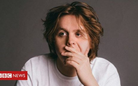 106472599 190c1a67 29ef 4c1e aae8 7508fbd1515a - Lewis Capaldi wants to help anxious fans at his shows