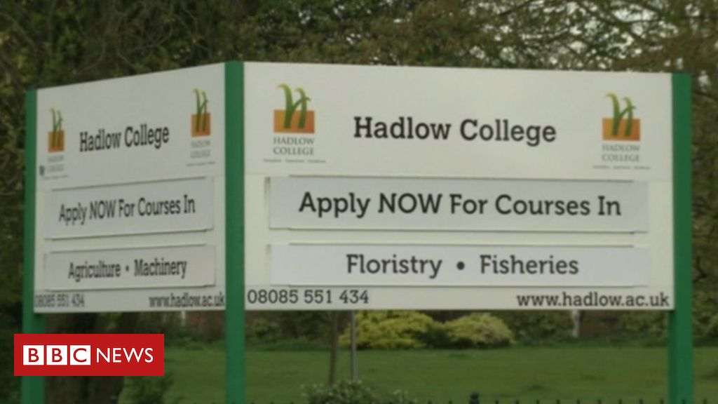 106433560 de27 - Further education college faces insolvency