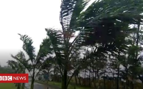 106776971 p0785rg9 - Cyclone Fani lashes India's eastern coast