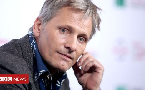 106824788 gettyimages 615138344 - Viggo Mortensen rejects 'neo-fascist' Spanish political party