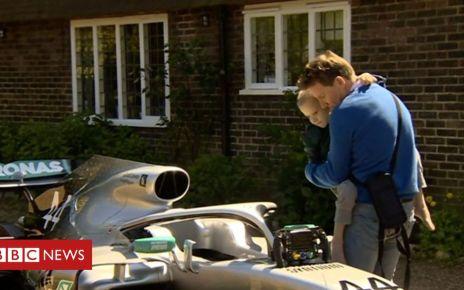 106939925 p0792xc1 - Lewis Hamilton arranged for a car to visit a fan's home