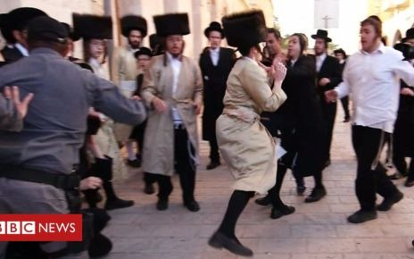 107015915 p079n5yn - Clashes as ultra-orthodox Jews protest against Eurovision