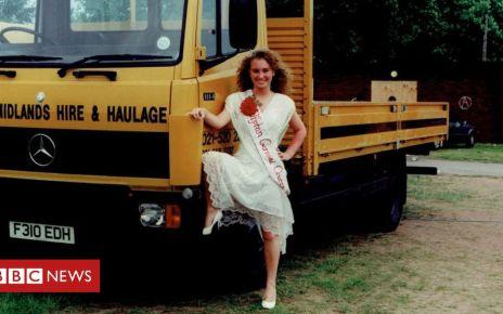 107184722 tipton - Tipton carnival queens 'shine again' in photo exhibition