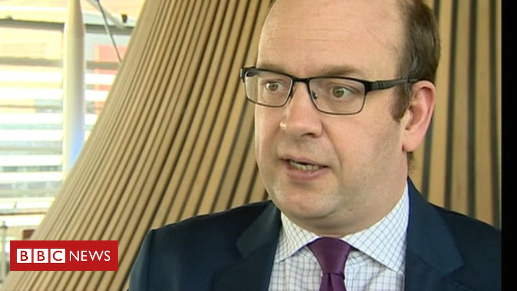 95477354 markrecklessfor5april17 - Mark Reckless leaves Tory group in Cardiff Bay over Brexit