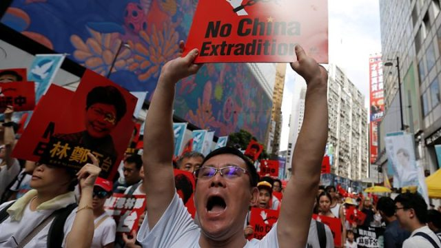 Hong Kong extradition protests Do China demonstrations ever work - Hong Kong protests: Businesses set to strike as extradition changes debated