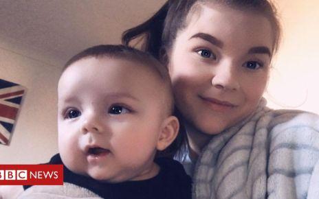 107352267 noah pic12 noahandmumashleigh selfie3 - Barnsley mum: Neonatal herpes nearly took my baby
