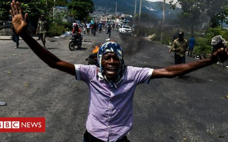 107450671 p07dj3xf - Haiti protests: Why are so many people on the streets?