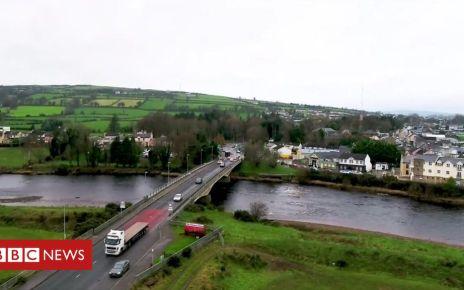 107468280 stabane - Irish border: UK expert panel to advise on post-Brexit arrangements