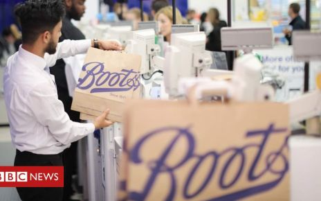 107513067 boots1906 paperbags 2494 - Boots rolls out paper bags after plastics row