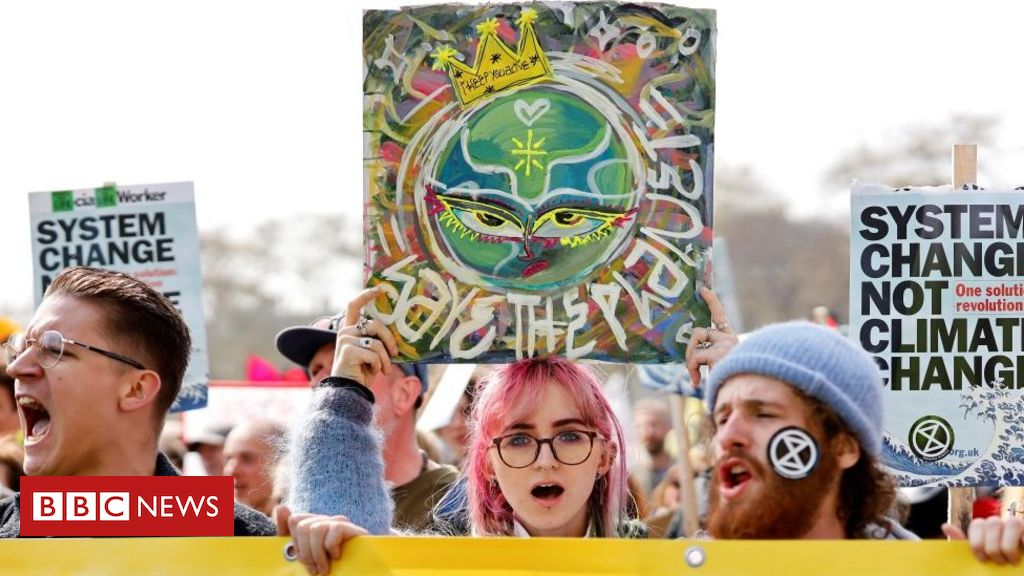 107885254 gettyimages 1137340786 - Extinction Rebellion: Who are they and what are their aims?