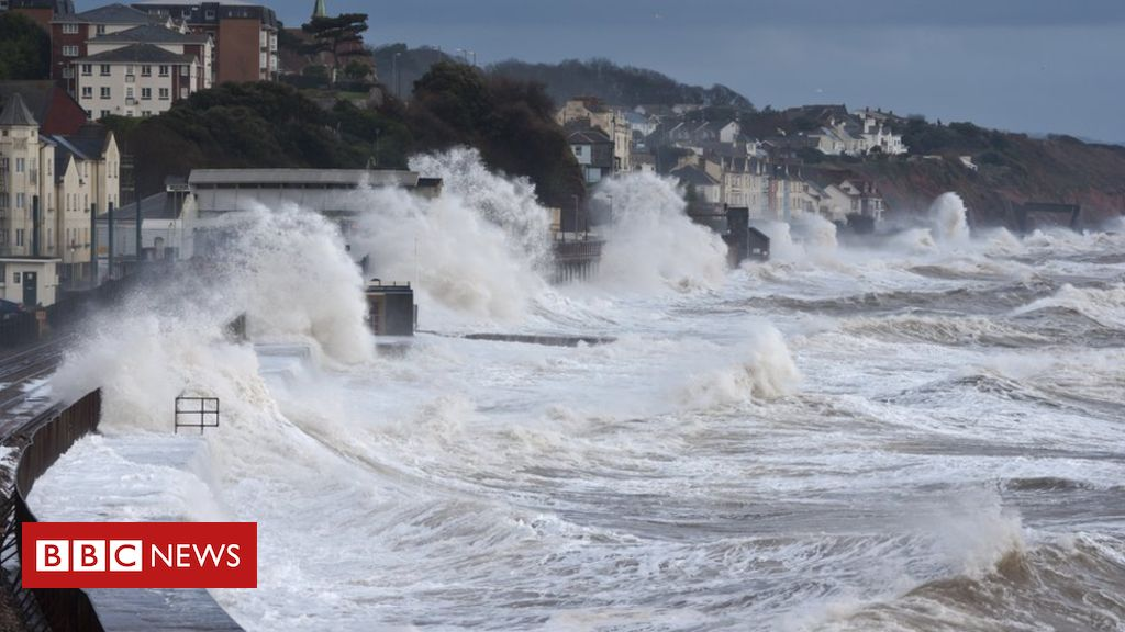 108844800 gettyimages 472156399 - Climate change: Warming to drive 'robust increase' in UK flooding