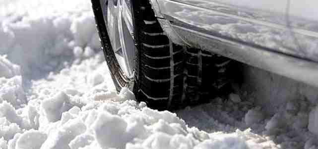 Тесты зимних шин ADAC проводятся в самых сложных условиях.