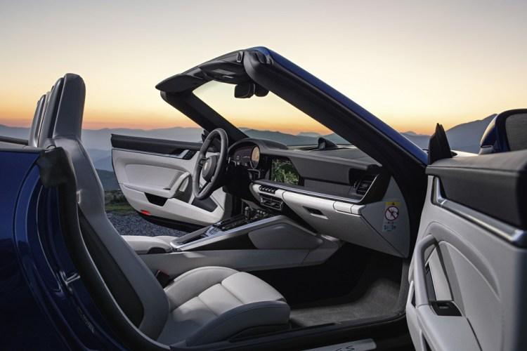Обновленный Porsche 911 кабриолет выйдет в 2019 году