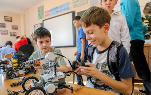 роботы и дети