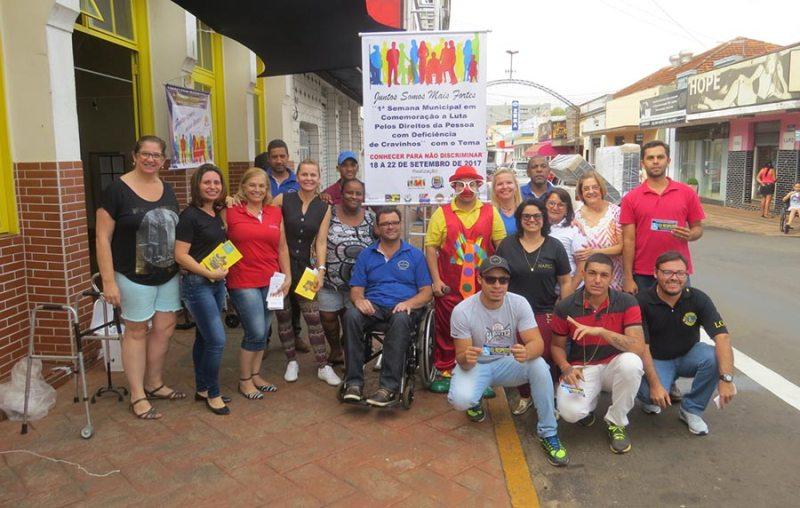 Vivências lúdicas com o NAPEC, Brinquedoteca, Departamento de Trânsito e os integrantes da Secretaria Municipal da Pessoa com Deficiência de Cravinhos