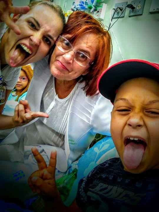 Alegria do pequeno Vinícius encantou a todos que fazem tratamento no GACC Ribeirão Preto