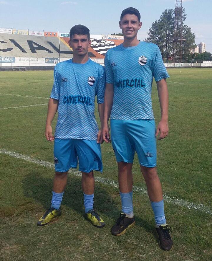 Jogadores de Cravinhos Leonardo Agrella e Gustavo Lunardelo assinaram contrato com o Comercial Futebol Clube