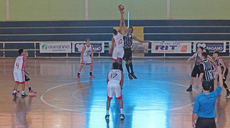 Basquete de Cravinhos Sub-16 é campeão da Série Prata