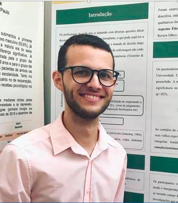 João Paulo Victorino, estudante de enfermagem na USP e presidente da Liga de Transplantes de Órgãos e Tecidos de Ribeirão Preto (LITOT)