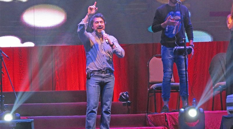 Padre Fábio de Melo faz mais um grande show em Ribeirão Preto