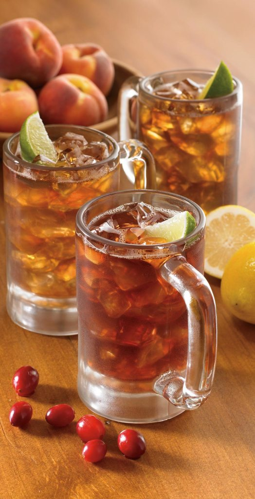 Outback Steakhouse realiza a terceira edição do Iced Tea Day em prol da AACD