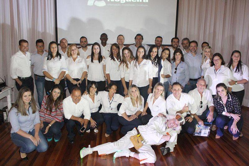Stéfani Nogueira lança campanha com equipe de vendas própria