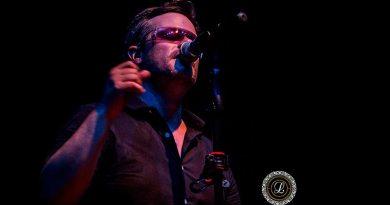 Banda Vertigo faz Tributo a U2 e emociona