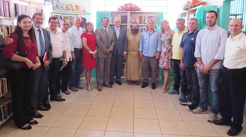 Biblioteca Municipal de Cravinhos é reinaugurada com ampliação de seu acervo