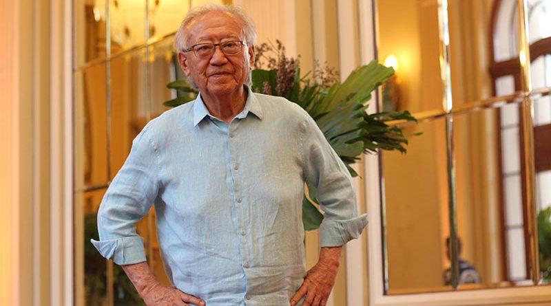 Ruy Ohtake recebe homenagem em evento realizado pelo Grupo Metropolitano