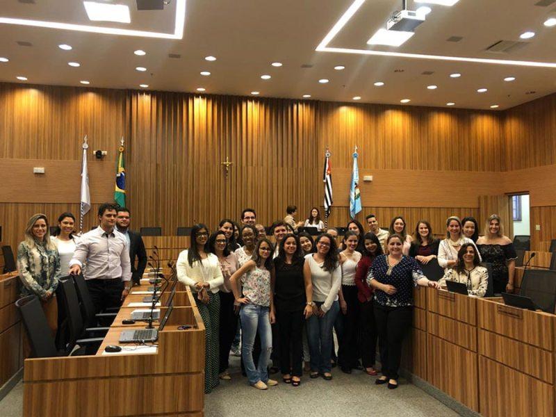 Alunos do curso de Direito da Estácio visitam o TRT, em Campinas